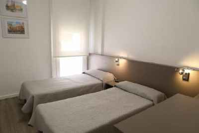 2*Hotel in Les Corts district of Barcelona